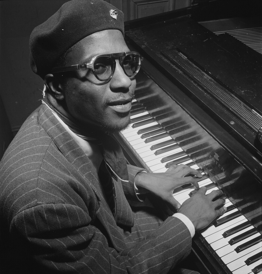Thelonious_Monk,_Minton's_Playhouse,_New_York,_N.Y.,_ca._Sept._1947_(William_P._Gottlieb_06191)